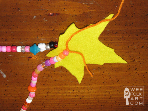 sep09-fall_leaves_garland9