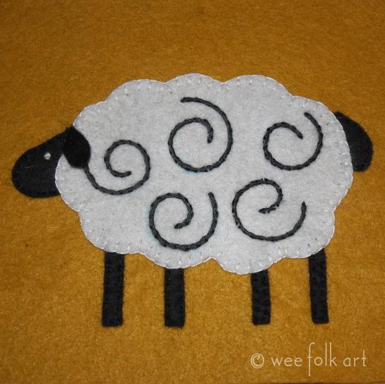 appliqueblock-november-sheep545wm