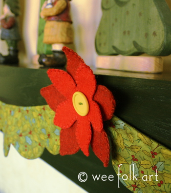 Poinsettiagarland350