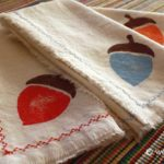 Stenciled Acorn Napkin Tutorial