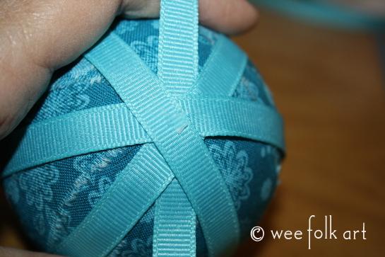 ragballornament-ribbon5-545wm