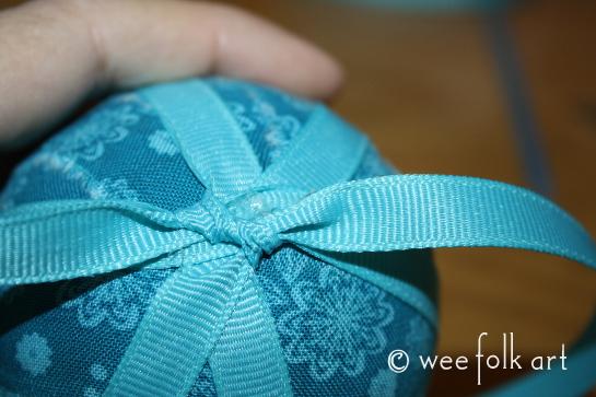 ragballornament-ribbon6-545wm