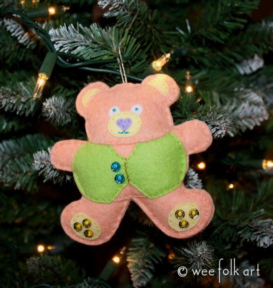 teddy bear ornament - pastel done 545wm