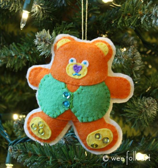teddy bear ornament - primary done 545wm