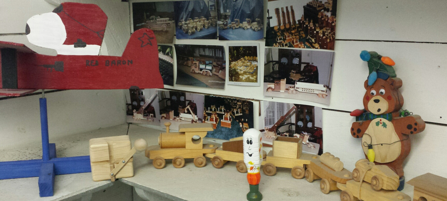 Casey's Wood Products Office Toys