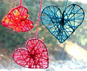Valentine craft yarn hearts