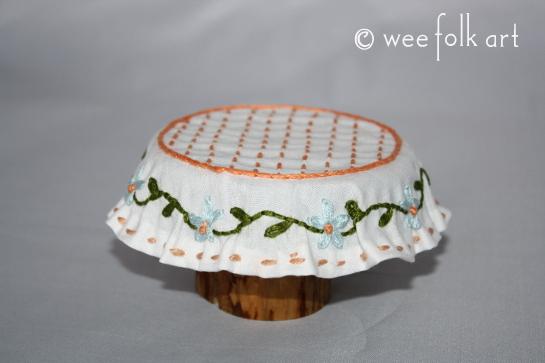 miniature tablecloth done1 545wm