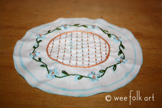 miniature tablecloth embroidered 545wm