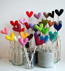 valentine craft hearts on sticks