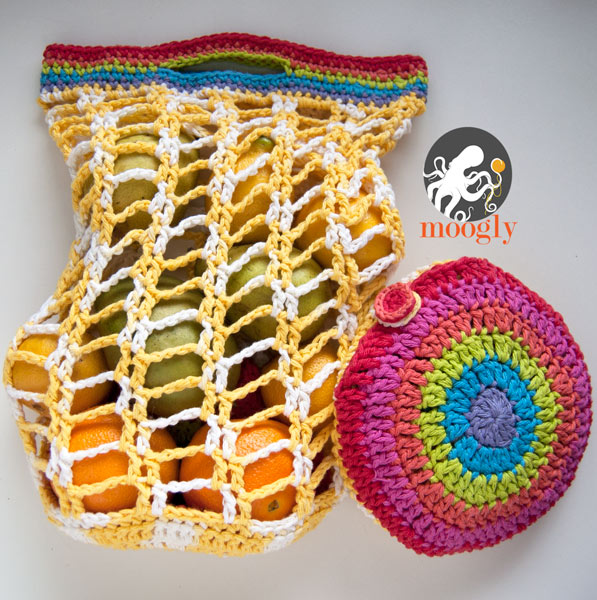 Rainbow Pocket Market Bag Free Crochet Pattern by moogly