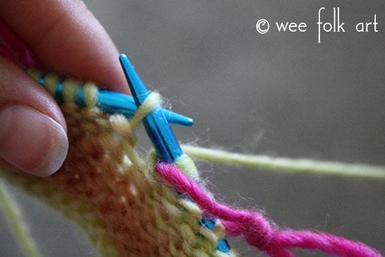 knit butterfly stitch carry yarn 1