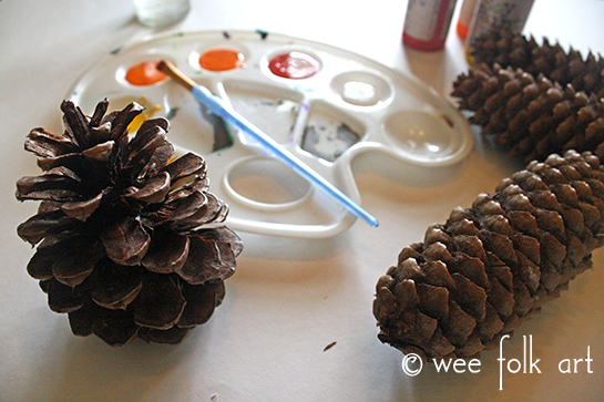 ombre painted pinecones materials