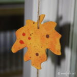 Painted Wooden Leaves Fall Decoration