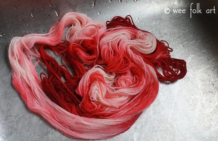 Rinse Kool-Aid Dye Yarn in Mason Jars