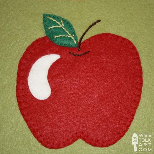 Apple Applique Block and Apple Crisp Recipe