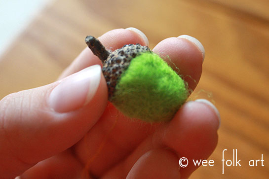 how to make a needle felted wool acorn