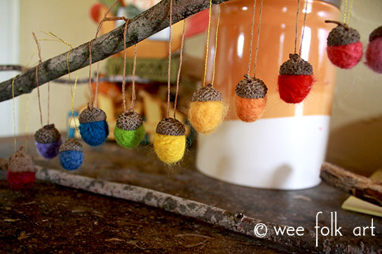 Thanksgiving center piece wool roving needle felted ornaments nature craft