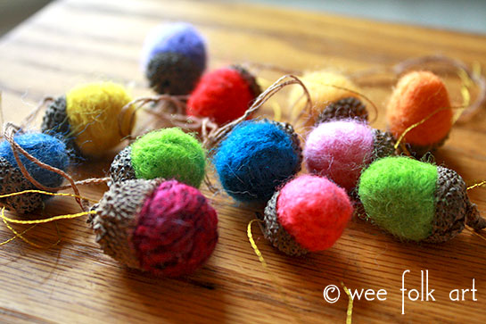 how to make wool roving needle felted acorns