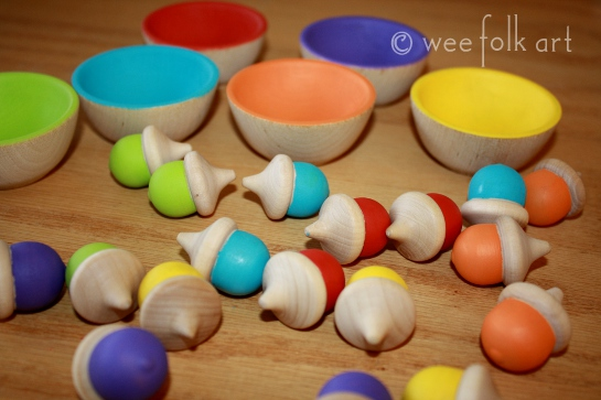 wooden sorting acorns and bowls