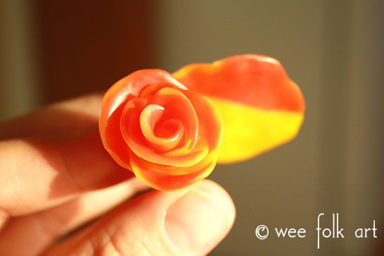 how to make beeswax flower