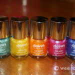 Postcards :: Girls Night In :: Rainbow Nails